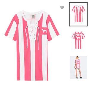 PINK Victoria's Secret campus short sleeve